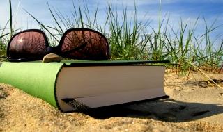 La plage au fil des pages avec la Bibliothèque Départementale