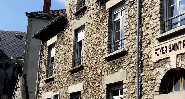 Foyer Home St Louis Reims : Maison de retraite saint remy fabulous piscine chevreuse